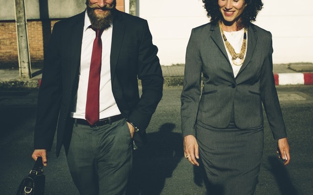 4 Harmful Impacts of Leaders Who Need to Be Liked